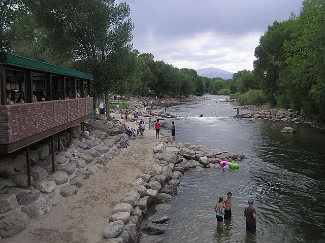 640px-Arkansas_river_salida_co